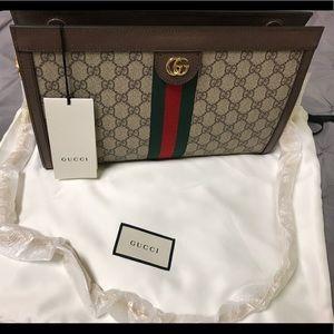 Gucci GG Ophidia Shoulder Bag (Medium)